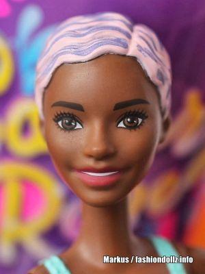 2019 Color Reveal Wave 1 Barbie #5  Llama GMT53