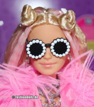 2020 Barbie Extra No. 3 #      GRN28