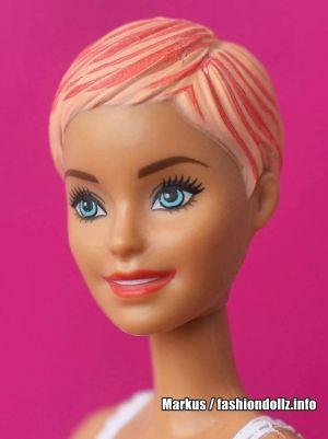 2019 Color Reveal Wave 1 Barbie #3 Panda GMT51