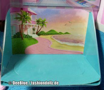 2020 Cookie Swirl C Barbie Playset #GLJ38 - Mystery Box - Display (1)