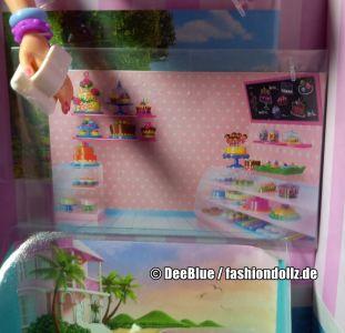 2020 Cookie Swirl C Barbie Playset #GLJ38 - Mystery Box - Display (2)