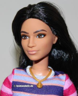 2020 Fashionistas Barbie #147     GHW61