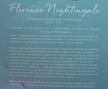 2020 Florence Nightingale Barbie, Inspiring Women #  GHT87