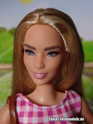 2020 HBC Stripes Barbie #GHT68