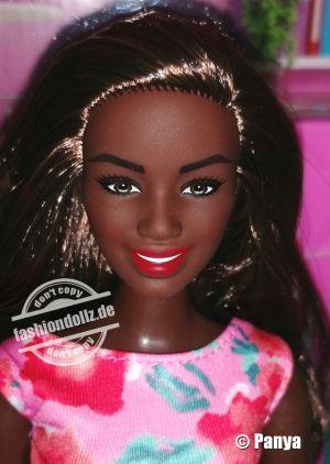 2021 Doctor Barbie GYT29