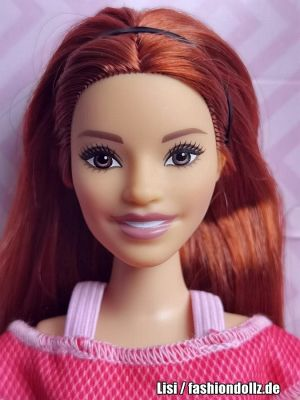 2021 Made to Move Barbie #GXF07
