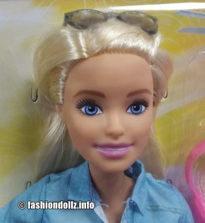 2019 Dreamhouse Adventures - Travel Barbie FWV25