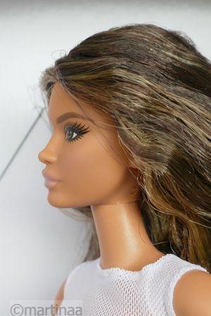 2021 Barbie Looks GTD89, Model #1
