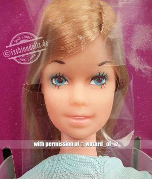 1974 Standard Barbie  #8587 Europe