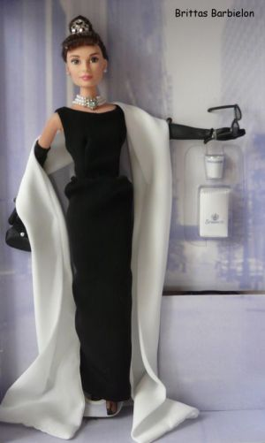 Breakfast at Tiffany's - Black Evening Gown Bild #05