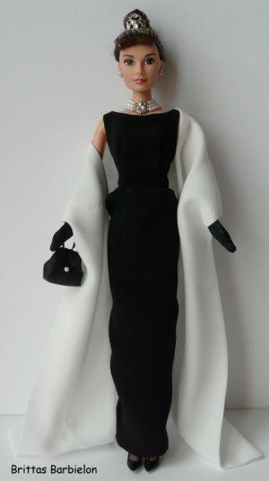 Breakfast at Tiffany's - Black Evening Gown Bild #08