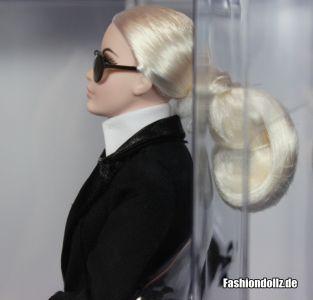 Karl Lagerfeld Barbie - von der Seite