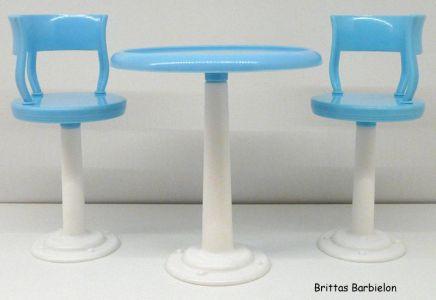 Tische und Stühle von Mattel Bild #031