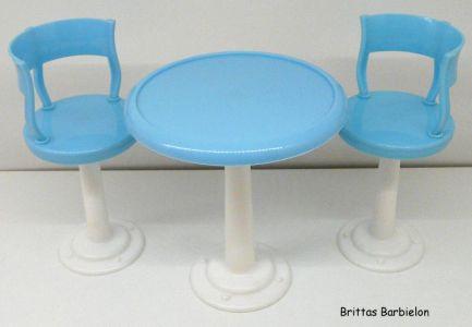 Tische und Stühle von Mattel Bild #032