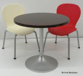 Tische und Stühle von Mattel Bild #040