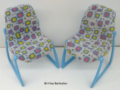 Tische und Stühle von Mattel Bild #063