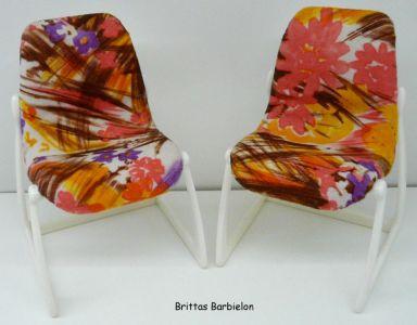 Tische und Stühle von Mattel Bild #069