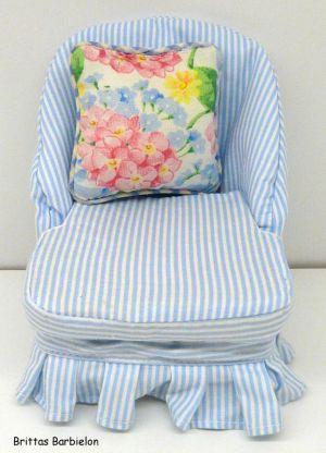 Tische und Stühle von Mattel Bild #097