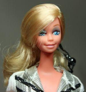 Western Star Winking Barbie (6)