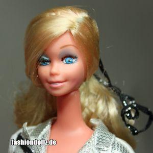Western Star Winking Barbie (7)