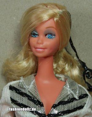 Western Star Winking Barbie (9)