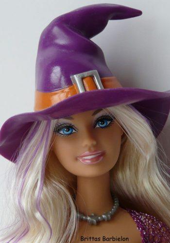 2009 Halloween Treat Barbie