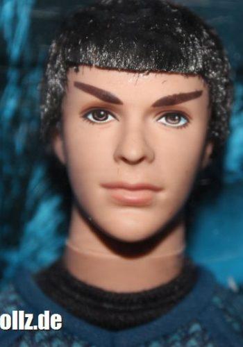 2009 Zachary Quinto Star Trek