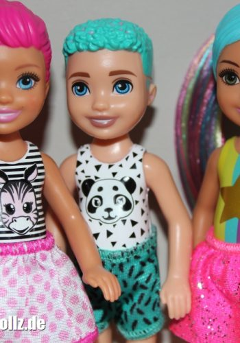 2020... Chelsea Color Reveal Dolls