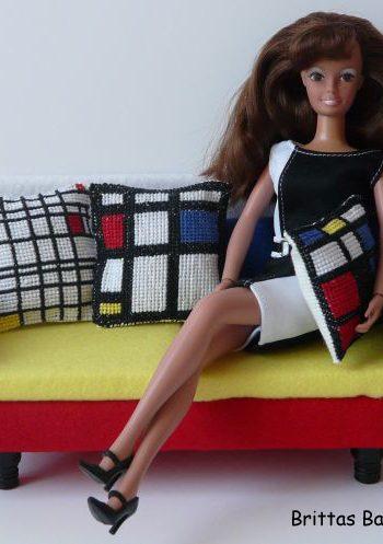 Barbie Sofa a la Piet Mondrian