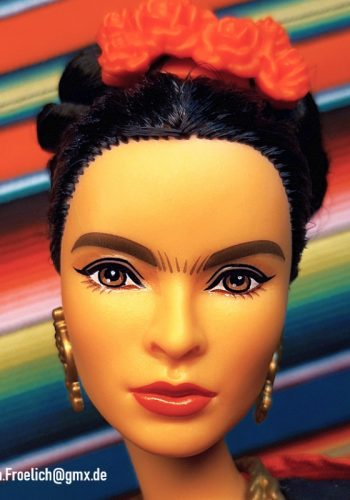 2018 Frida Kahlo (Inspiring Women)