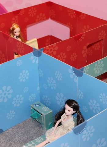 DollsWalls Puppenhaus