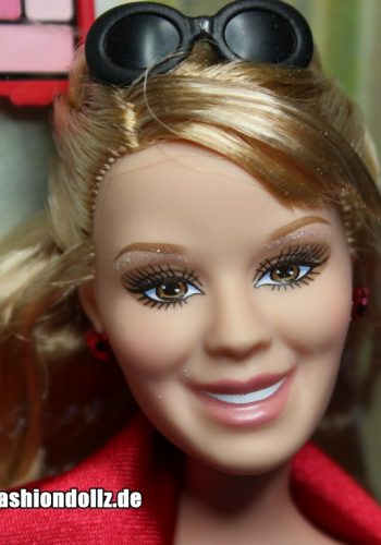 2006 Hilary Duff Red Carpet Glam