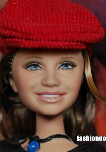 2002 Mary Kate Olsen - elder face