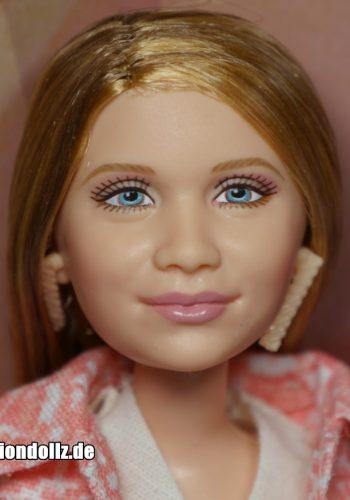 2002 Ashley Olsen - elder face