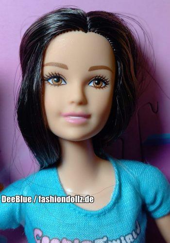 ©2019 Cookie Swirl C Barbie
