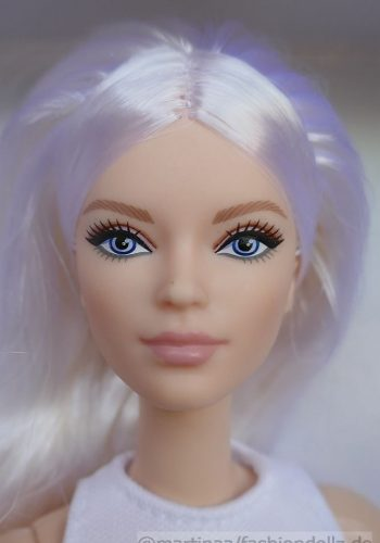 ©2020 Victoria Barbie Looks, Model 6